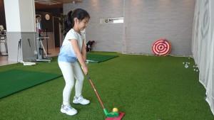 【進級テスト】スナッグゴルフから始まって1年間。Rちゃんは、背も大きくなって…tags[福岡県]